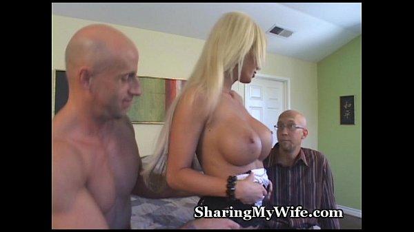 Порно видео женщины футанари с конским членом