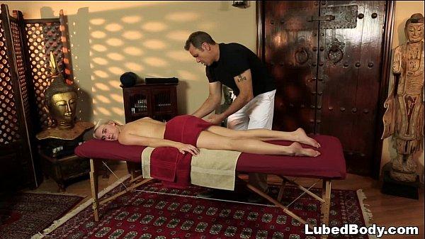 Порно девствиницы масаж секс