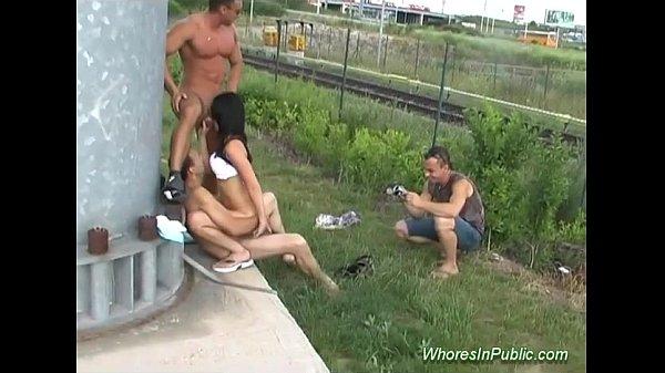 Жесткий секс порно в поездах