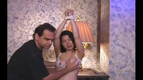 Секс видео жену ебут при муже реальное видео