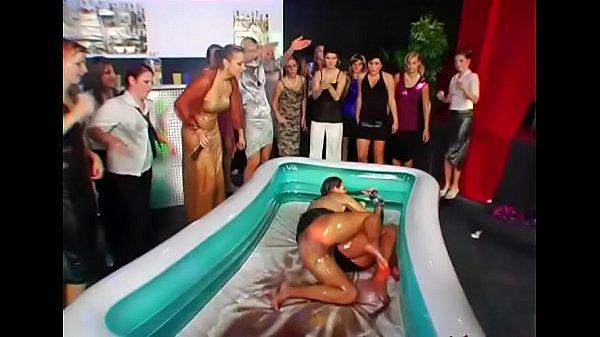 Видео порно сперма как еда