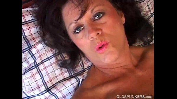 Старя толстая жена хоет троих порно