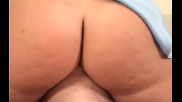 Порно трахнули вовсе дырки