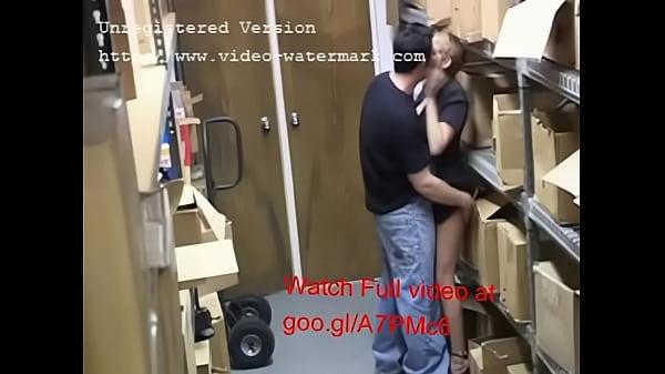 Миньет на работе скрытоя камера