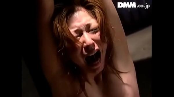 Азиатка теряет сознание от оргазмов
