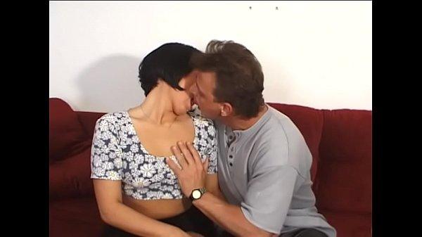 Мама и син тирахнуют систирйонка симотрит секс