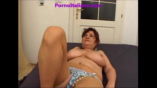 Lesbica grande giocattolo porno