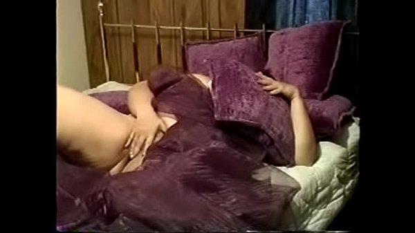 Оргазм с эякулятом крупным планом