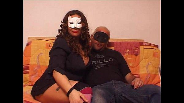 Муж делает куни жене домашнее частное видео