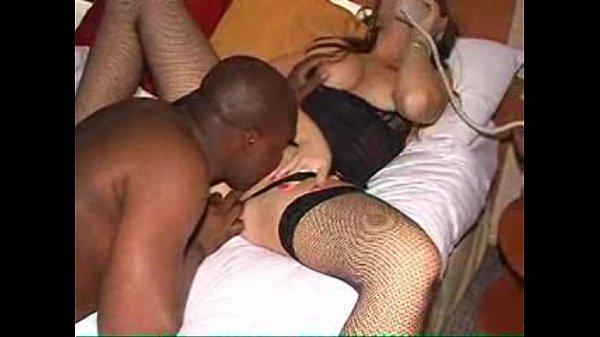 Видео взаимная мастурбация для телефона