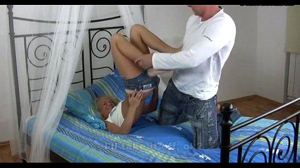 Негры лижут большие попки в порно