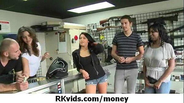 Девушки ради денег