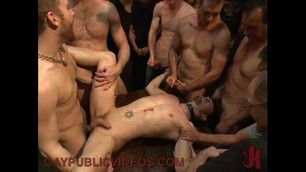 Видео трахаюшихся геев толпа геев
