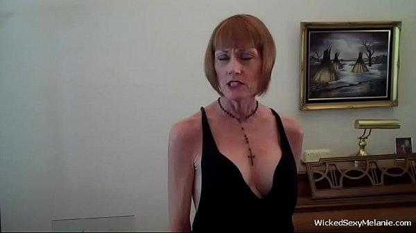 Мамы сосут у сыновей порно