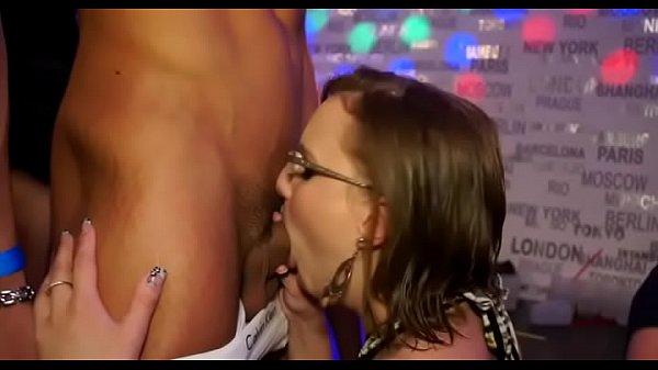 Порно в форме менты