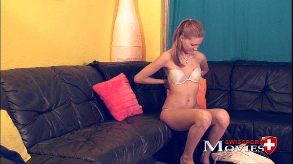 Зрелая блондинка с огромной грудью
