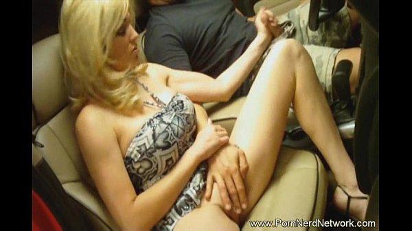 Смотреть очень красивую девушку выебал транс