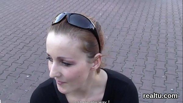 Огромная дырка в жопе после анального секса