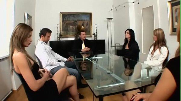Den Notar mit Sex bestochen - The notary bribed with sex