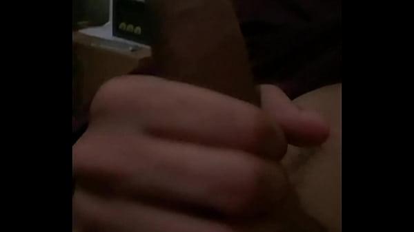 Novinho  masturbando-se  #4