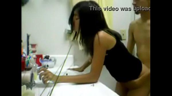 sexo-com-a-empregada-doméstica-brasileira-caiu-na-net-3