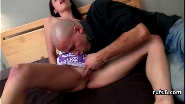 Видео мастурбации девушек скрытая съемка