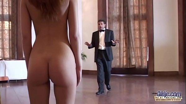 Порно ролик дочь подарила отцу на день рождения себя