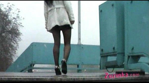 Смотреть как девушка соблазнилась от массажа лисбиянки