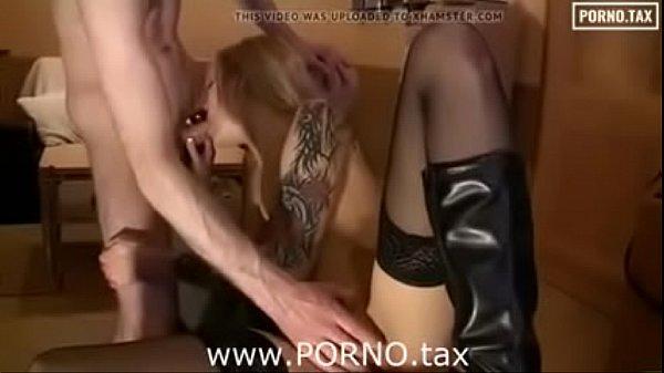 Парень делает глубокий миньет порно онлайн
