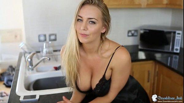 Сексуальные сиськи блондинка