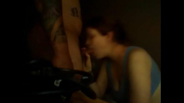 Фото трансвеститки сосут у себя, домашнее порево с применением фаллосов