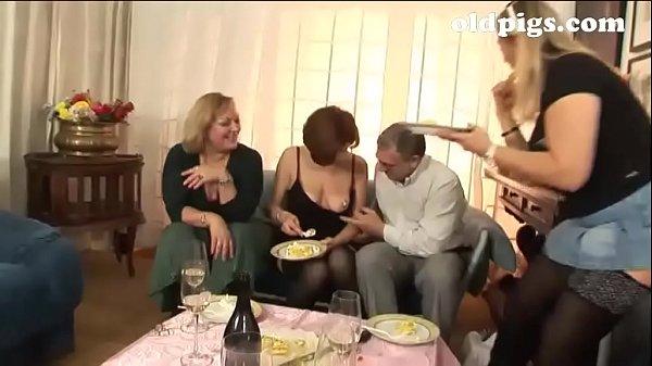 Итальянский групповой минет