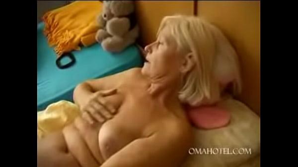 Заниматься анальным сексом в первый раз видео