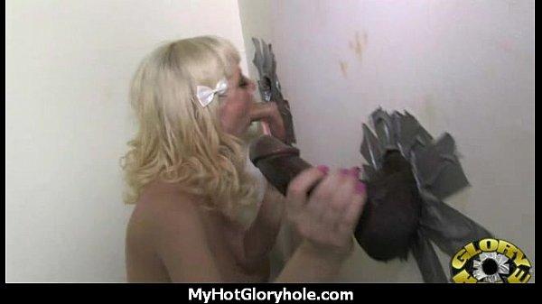 Порно видео с жопастыми тёлочками