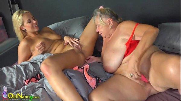 Сексуальні забави старших жінок