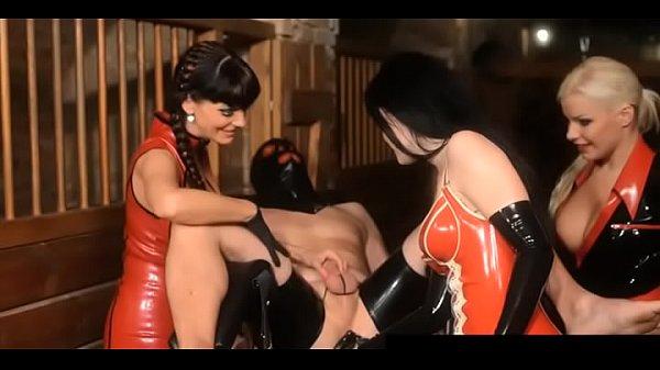 Секс видео высокого качества в душе