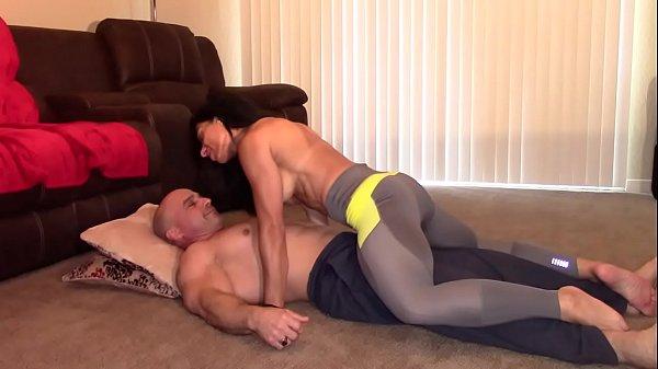 Dick Grinding till massive orgasm