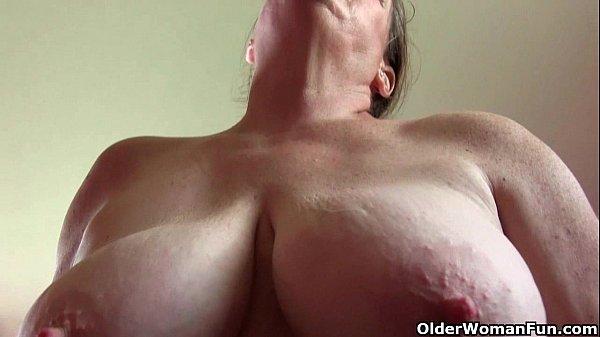 Пизда жирной старухи порно
