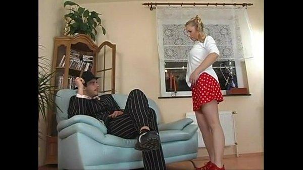 Порно сосет и лижет