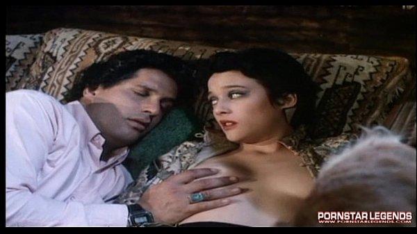 Мулатка выигрывает страстный секс рон джереми бильярд