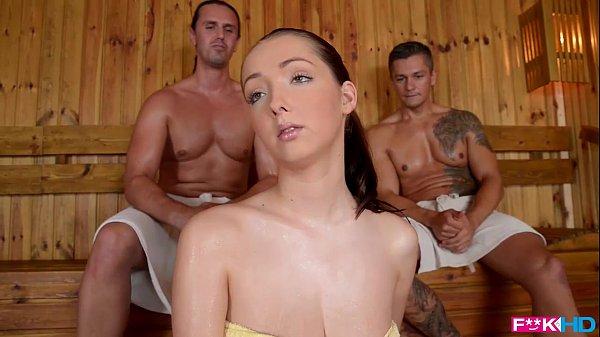 Porno In Zapada Si Dupa O Duce La Sauna Unde O Fute Doi