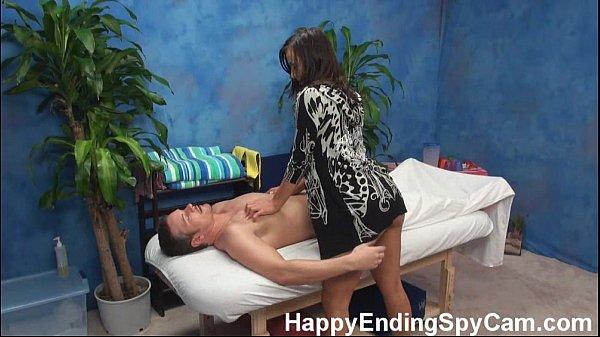 Эротический массаж девушка парню
