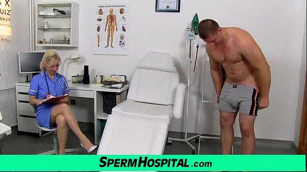 Сперму во влагалище маму порно