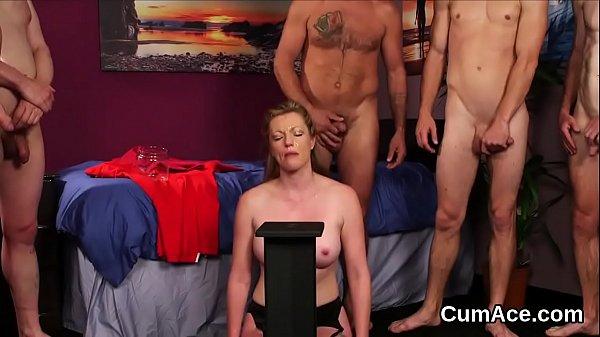 Секс бсдм силой одевают в латекс