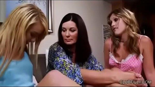 Мама и дочка лезбиянкий
