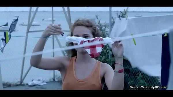 Juliette Lemonnier Hotel De Plage S01E02 2014