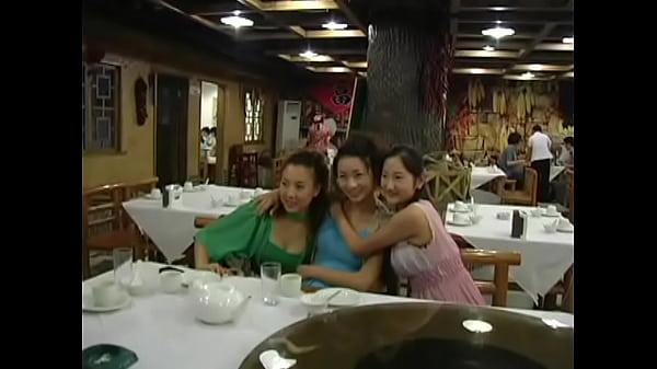 中国雑技系 巨乳美少女組 19歳可Kaka可