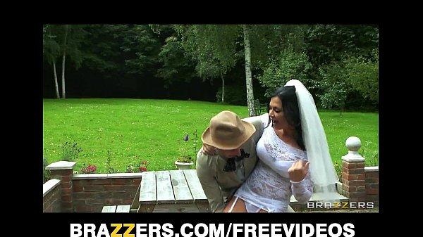 Порно жених выебал мать невесты