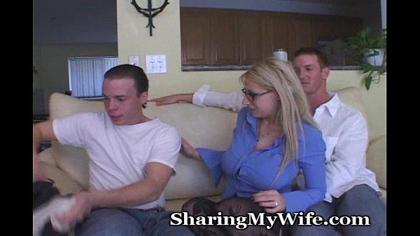 Кончил во внутрь жены