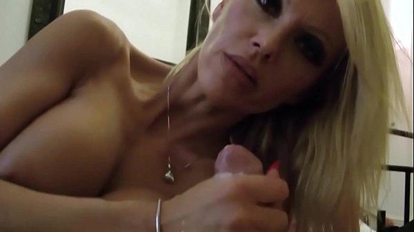 Порно фотки больших сисек